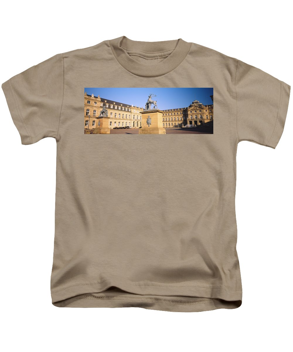 Photography Kids T-Shirt featuring the photograph Low Angle View Of Statues In Front Of A by Panoramic Images