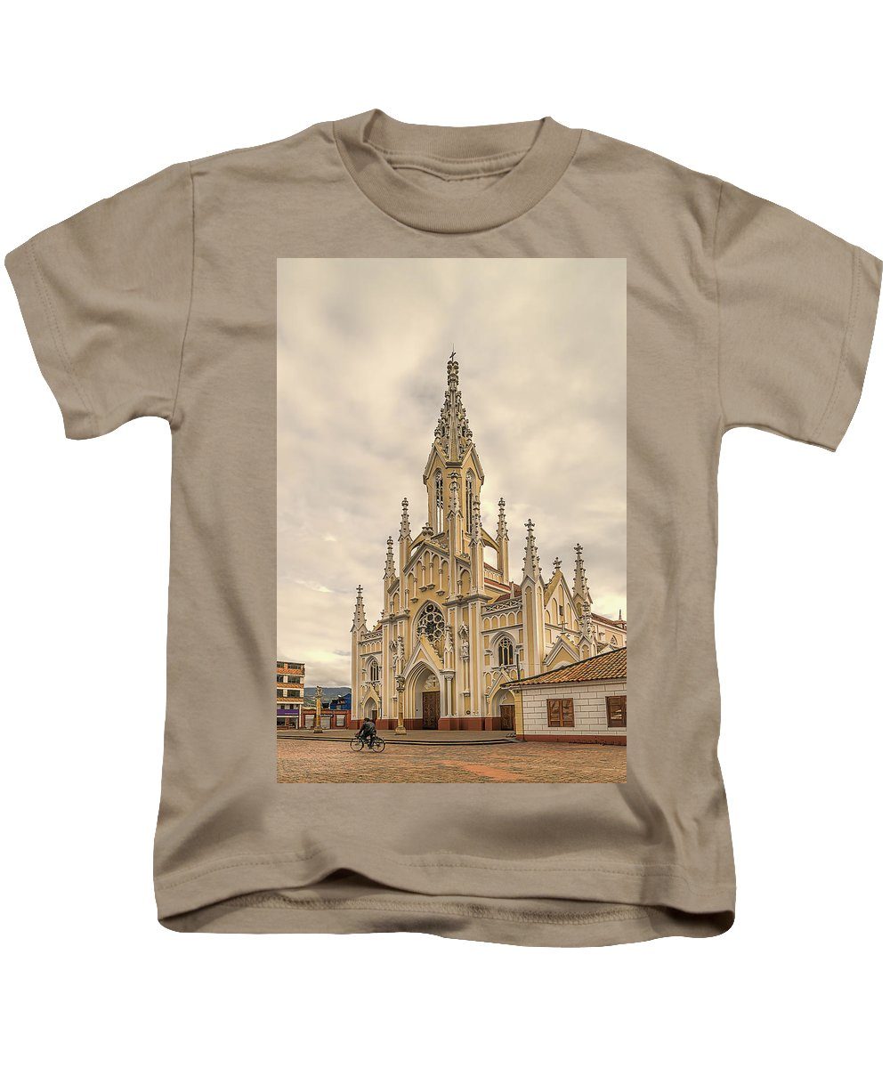 Arquitecture Kids T-Shirt featuring the photograph Ubate Cathedral by Maria Coulson