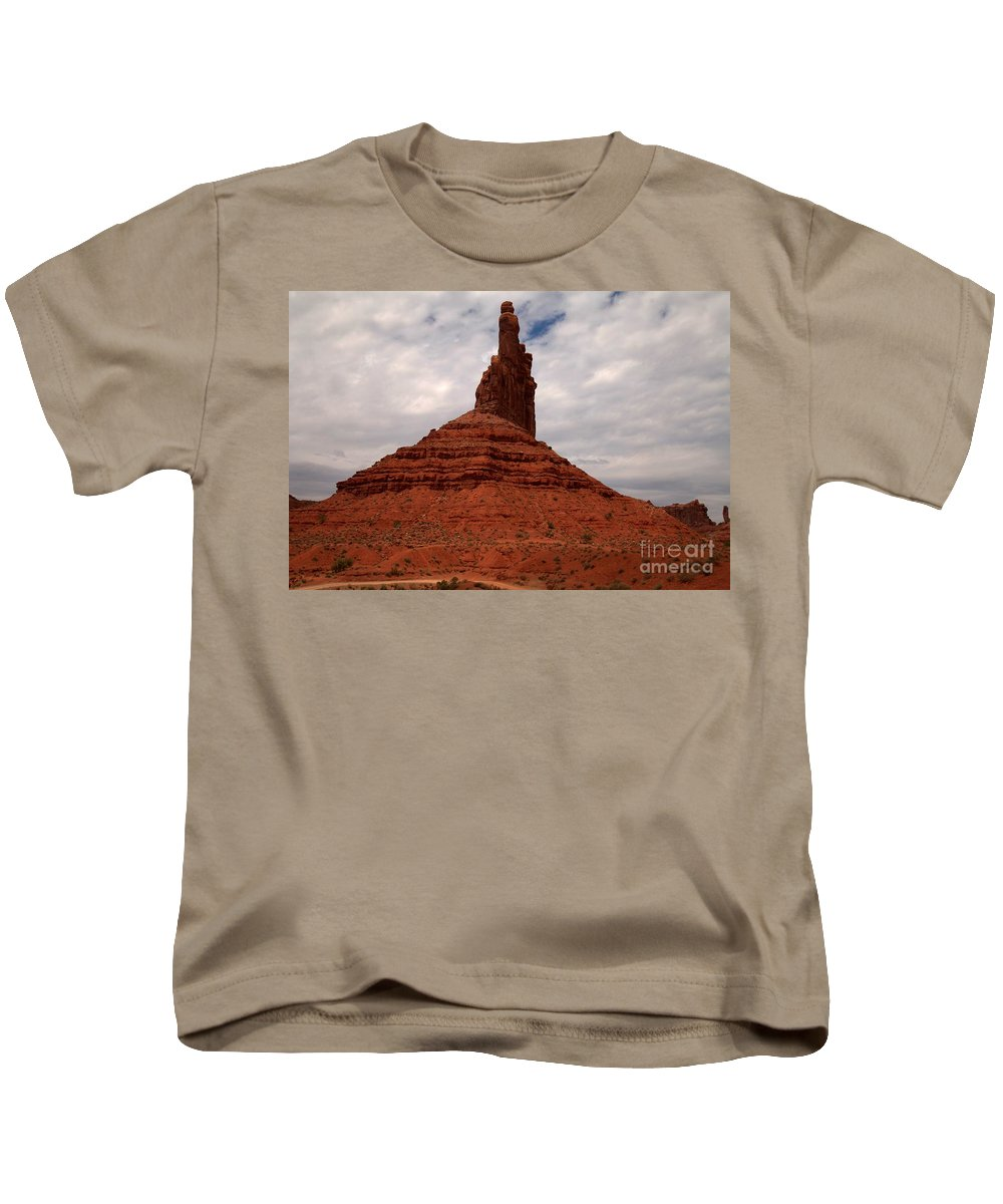 Garden Of The Gods Kids T-Shirt featuring the photograph Reaching For The Clouds by Adam Jewell