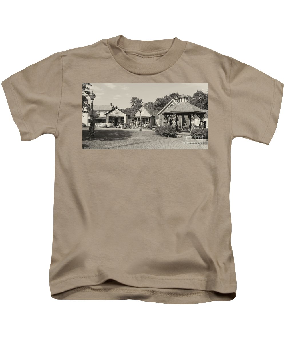 Smithville Kids T-Shirt featuring the photograph Shopping In Smithville by Christy Gendalia