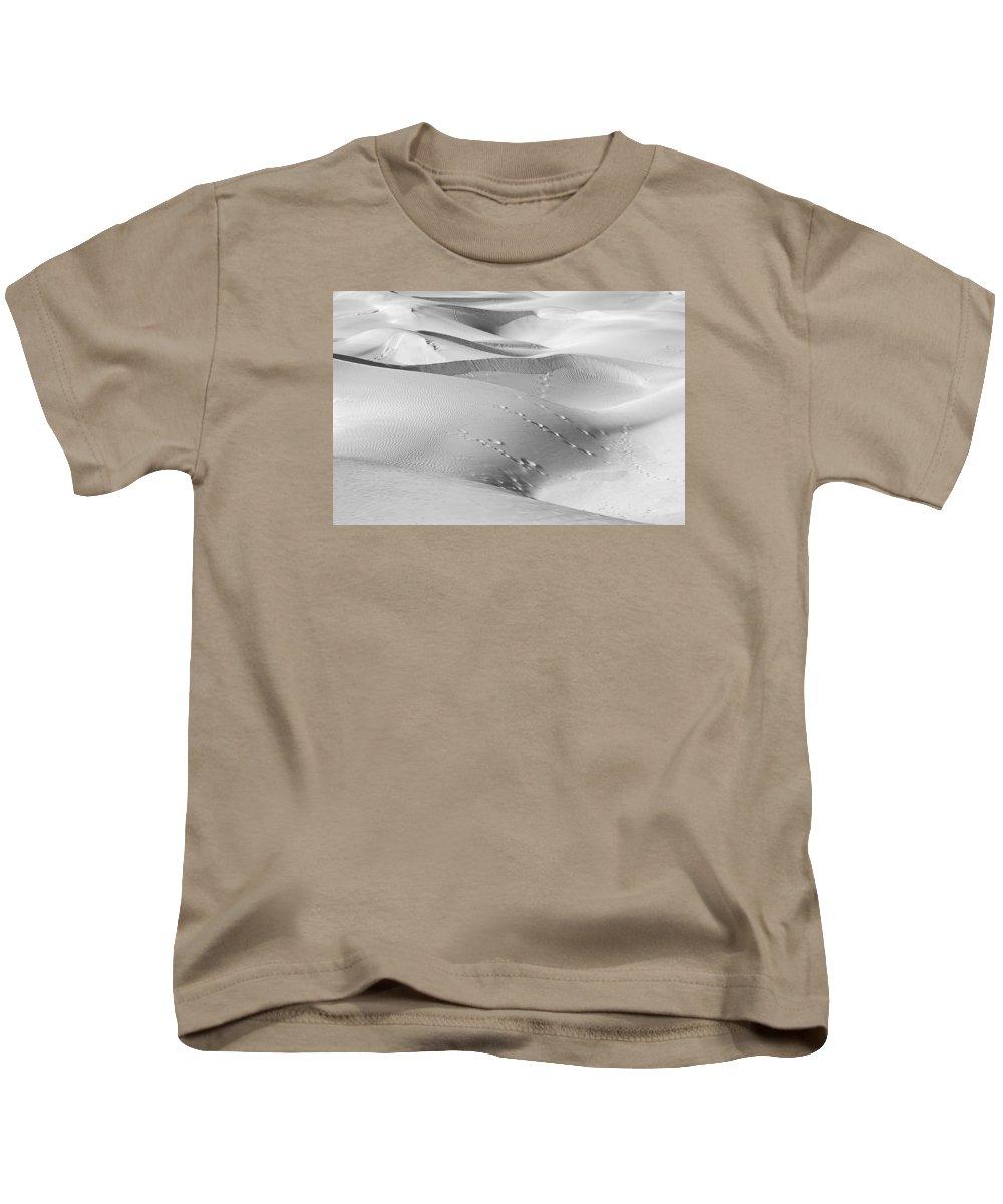 Graceful Kids T-Shirt featuring the photograph Skn 1420 The Graceful Dunes by Sunil Kapadia