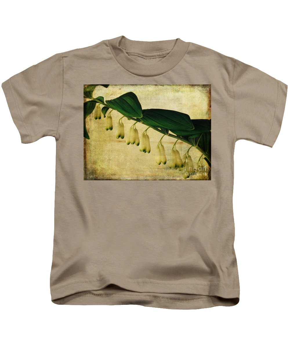 Flora Kids T-Shirt featuring the photograph Solomon's Seal by Jacklyn Duryea Fraizer