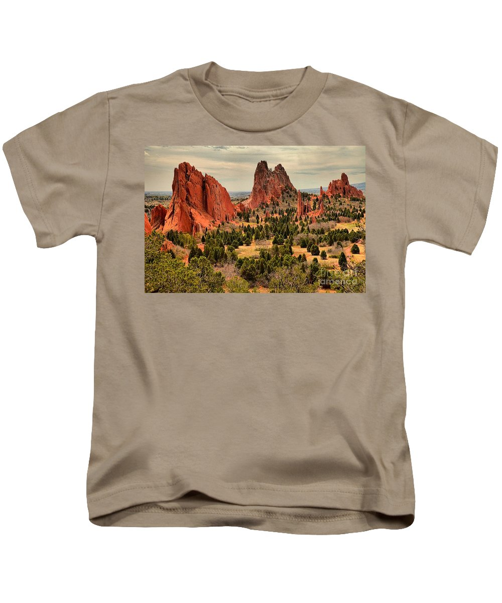 Garden Of The Gods Kids T-Shirt featuring the photograph Splinters Of Light On The Spires by Adam Jewell