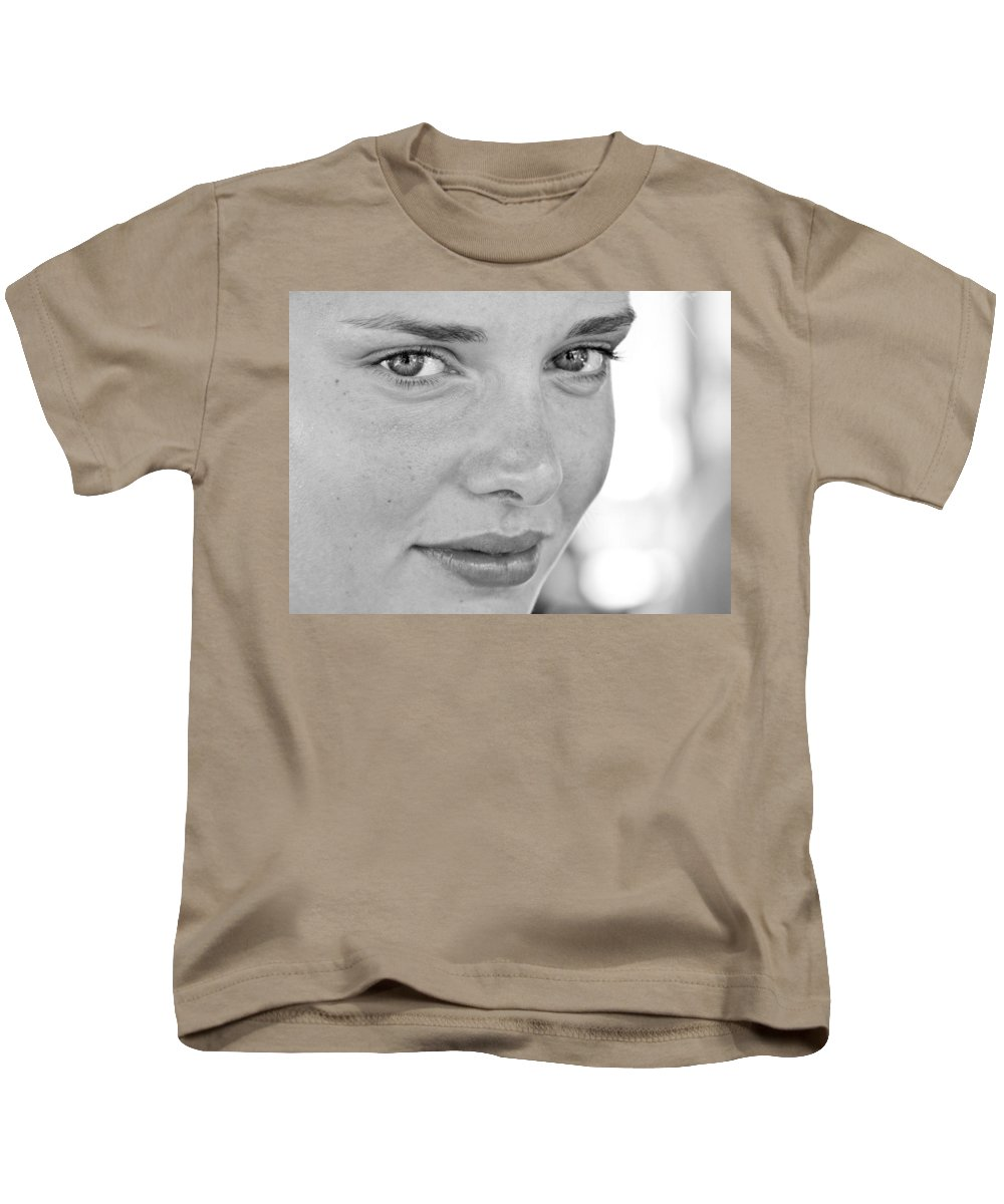Young Kids T-Shirt featuring the photograph Those Eye's by Alex Hiemstra