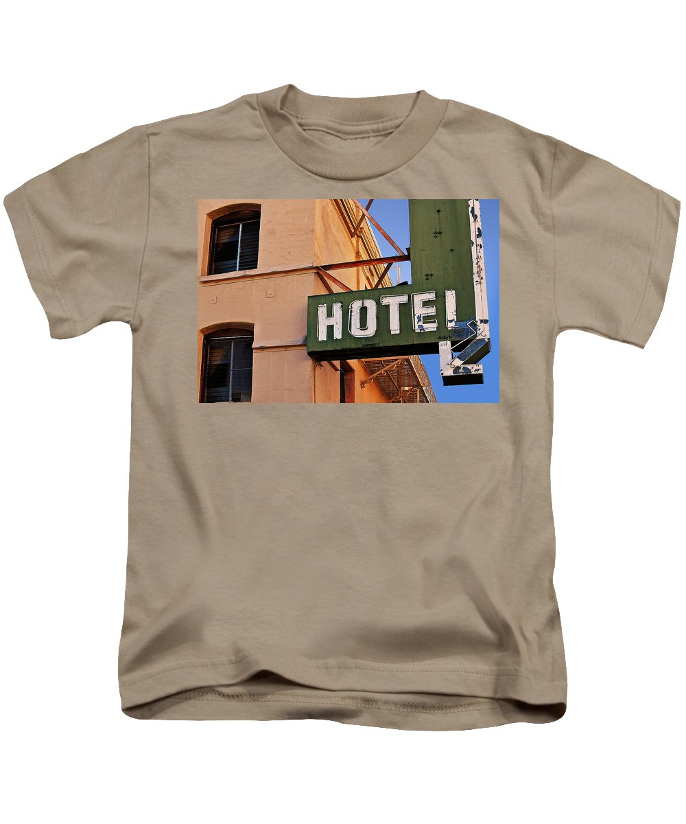 Eua Kids T-Shirt featuring the photograph Urban Decay In Hollywood by Carlos Alkmin