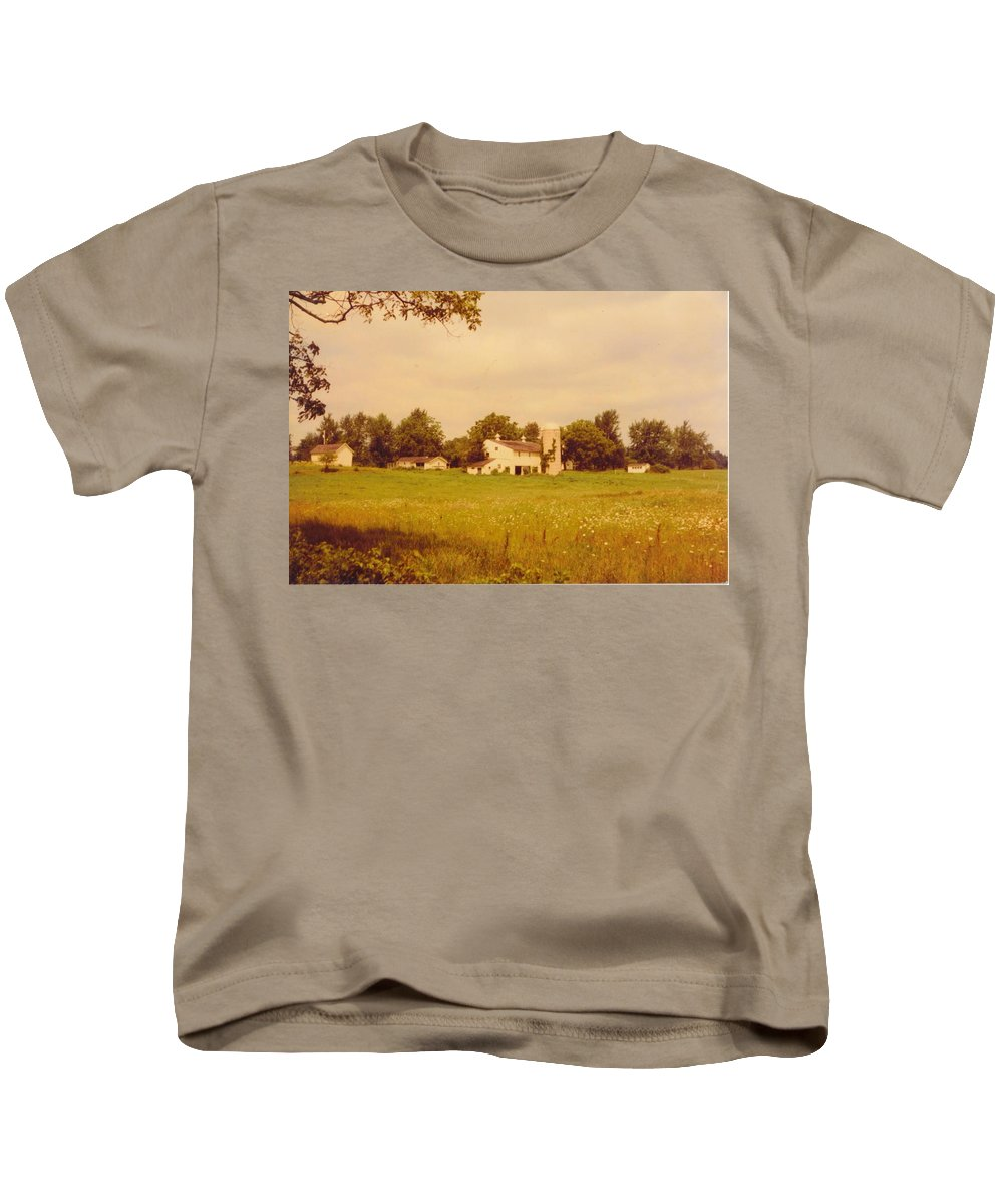 Michigan Working Farm Kids T-Shirt featuring the photograph Working Barns And Landscape by Robert Floyd