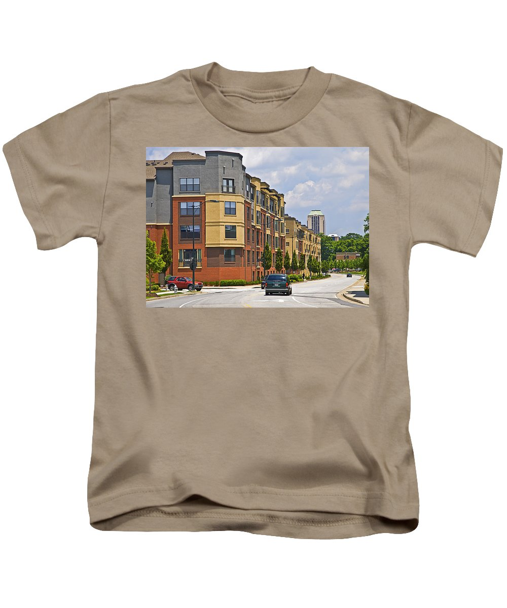 America Kids T-Shirt featuring the photograph City Street Intersection by Susan Leggett