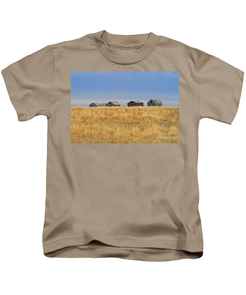 Old Barn Kids T-Shirt featuring the photograph Four In A Row by Randy Harris