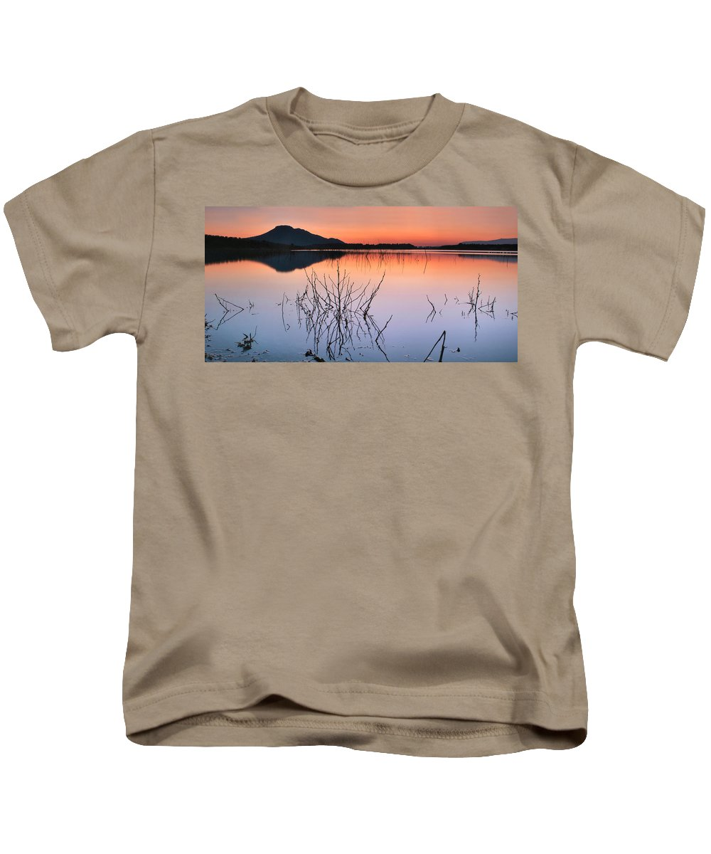 Sunset Kids T-Shirt featuring the photograph Reflexion by Guido Montanes Castillo