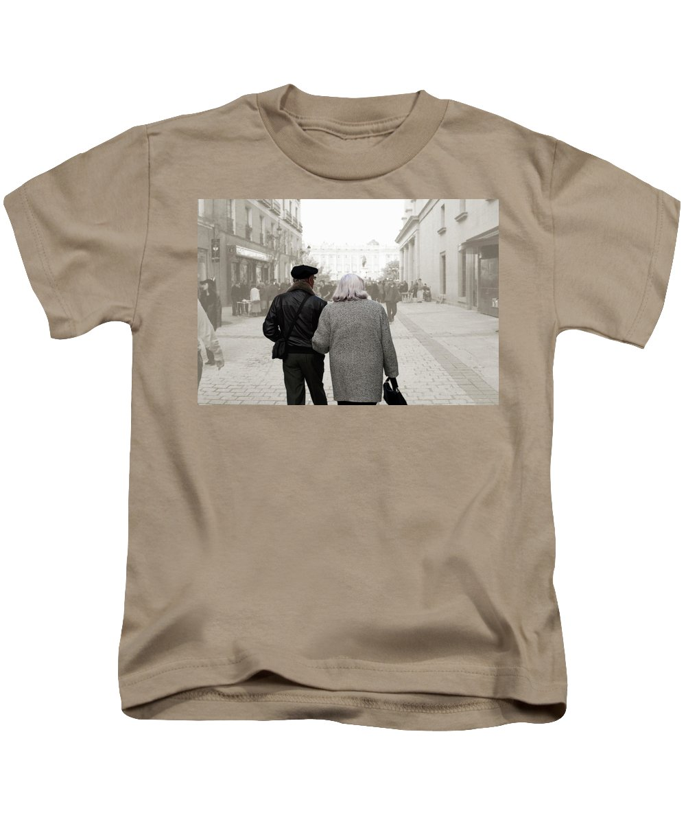Spanish Couple Kids T-Shirt featuring the photograph Stepping Into The Scrim by Lorraine Devon Wilke