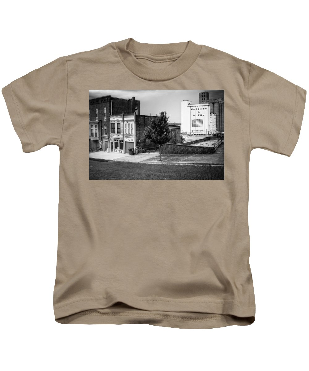 Grain Kids T-Shirt featuring the photograph Alton Street In Black And White by Buck Buchanan