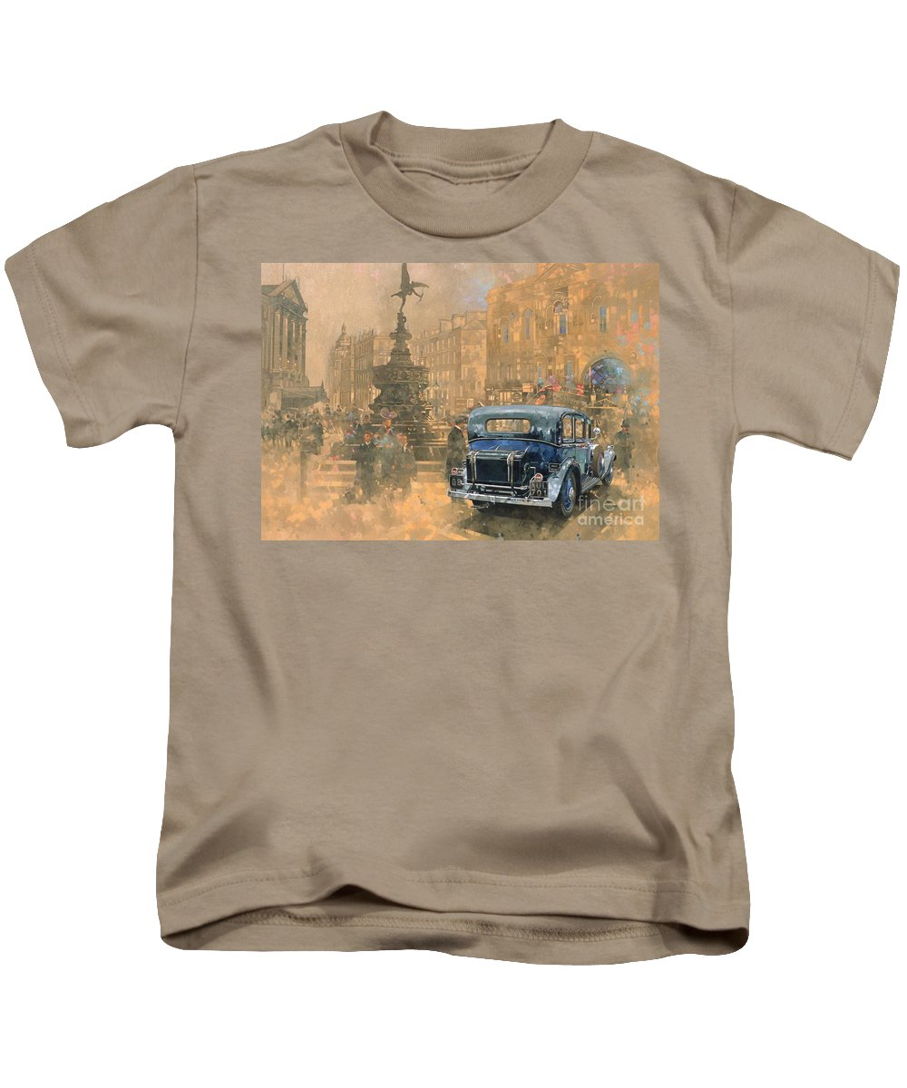 Rolls Royce; Car; Vehicle; Vintage; Automobile; Fountain; West End; London; Piccadilly Circus; Classic Cars; Vintage Cars; Nostalgia; Nostalgic; London Kids T-Shirt featuring the painting Phantom In Piccadilly by Peter Miller