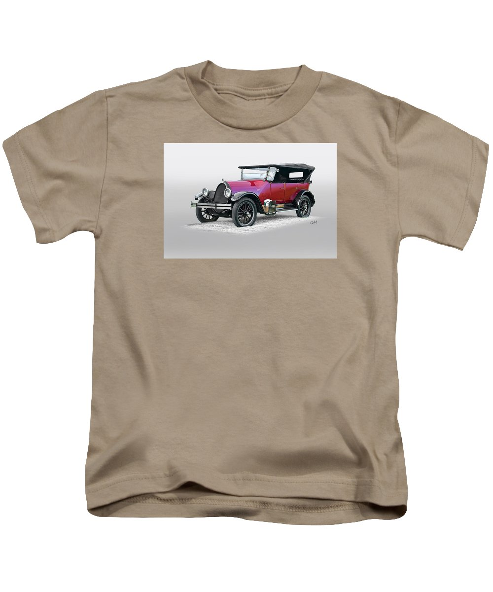 Auto Kids T-Shirt featuring the photograph 1922 Franklin Open Touring Sedan by Dave Koontz