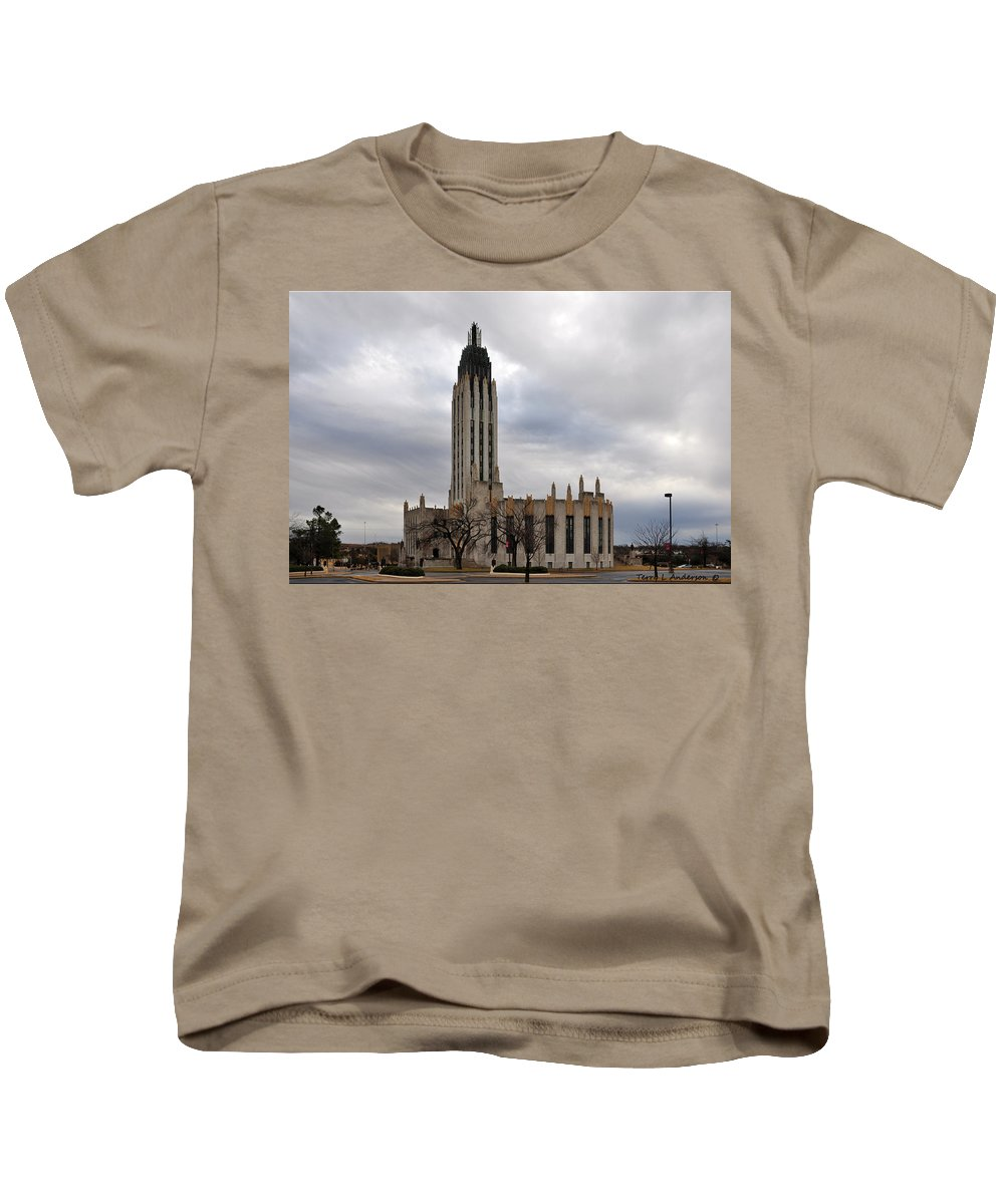 Boston Avenue Kids T-Shirt featuring the photograph Boston Avenue Methodist Church by Terry Anderson