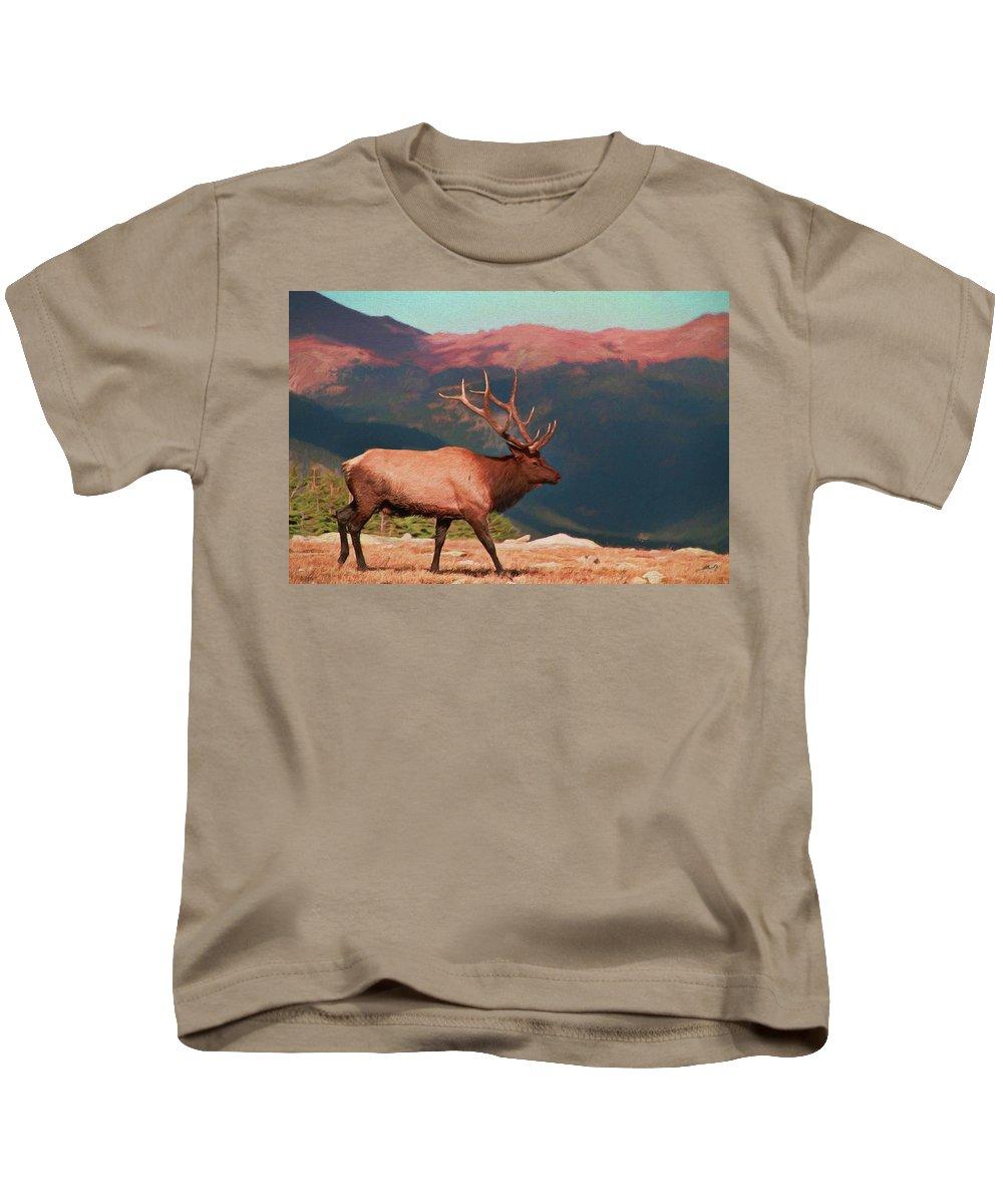 Bull Elk On Trail Ridge Road Kids T-Shirt featuring the painting Bull Elk On Trail Ridge Road by Dan Sproul