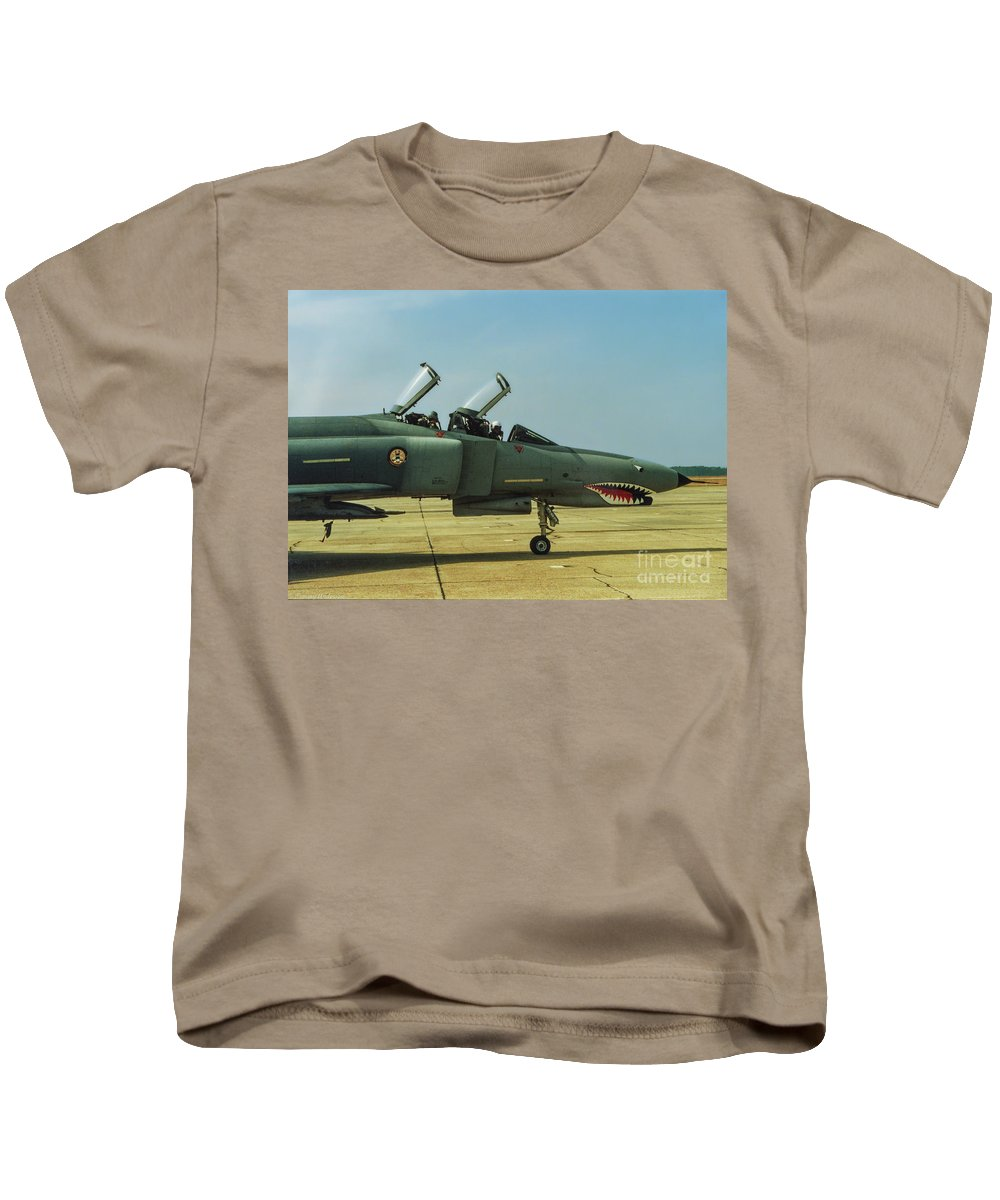 Mcdonnell Douglas F-4 Phantom Ii Kids T-Shirt featuring the photograph Coon-ass Militia by Tommy Anderson