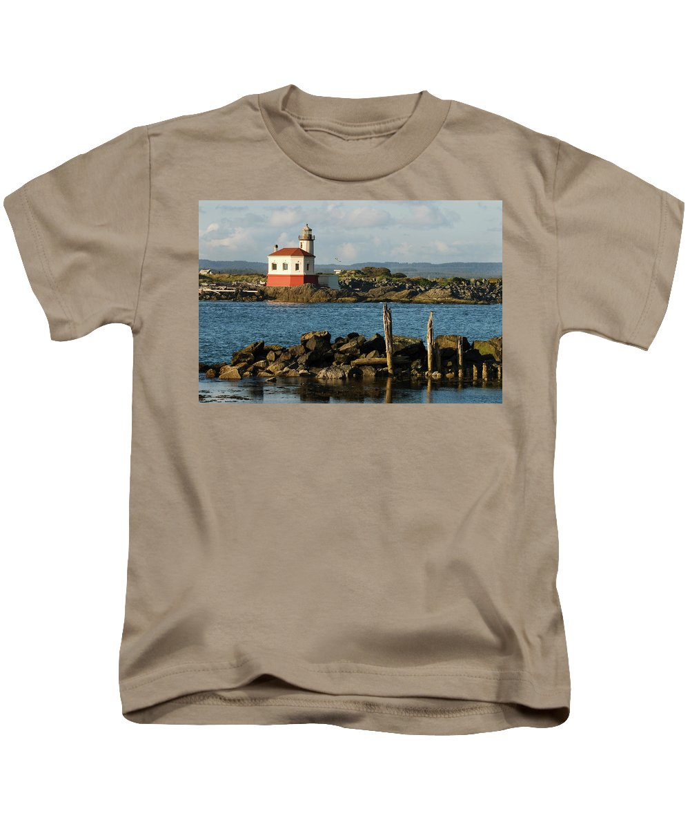 Oregon Kids T-Shirt featuring the photograph Coquille River Lighthouse Bandon Oregon by Renee Hong