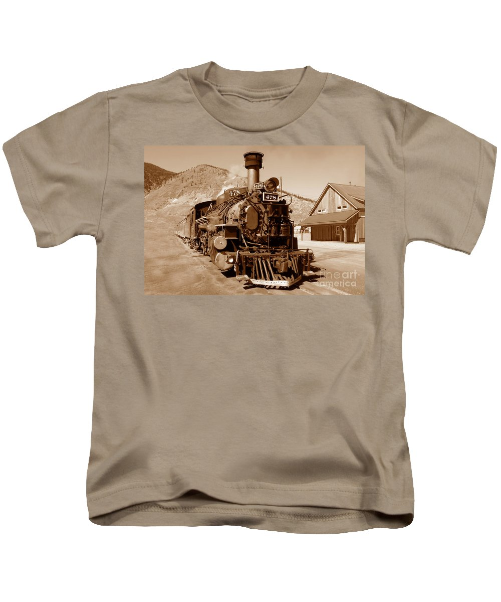 Train Kids T-Shirt featuring the photograph Engine Number 478 by David Lee Thompson