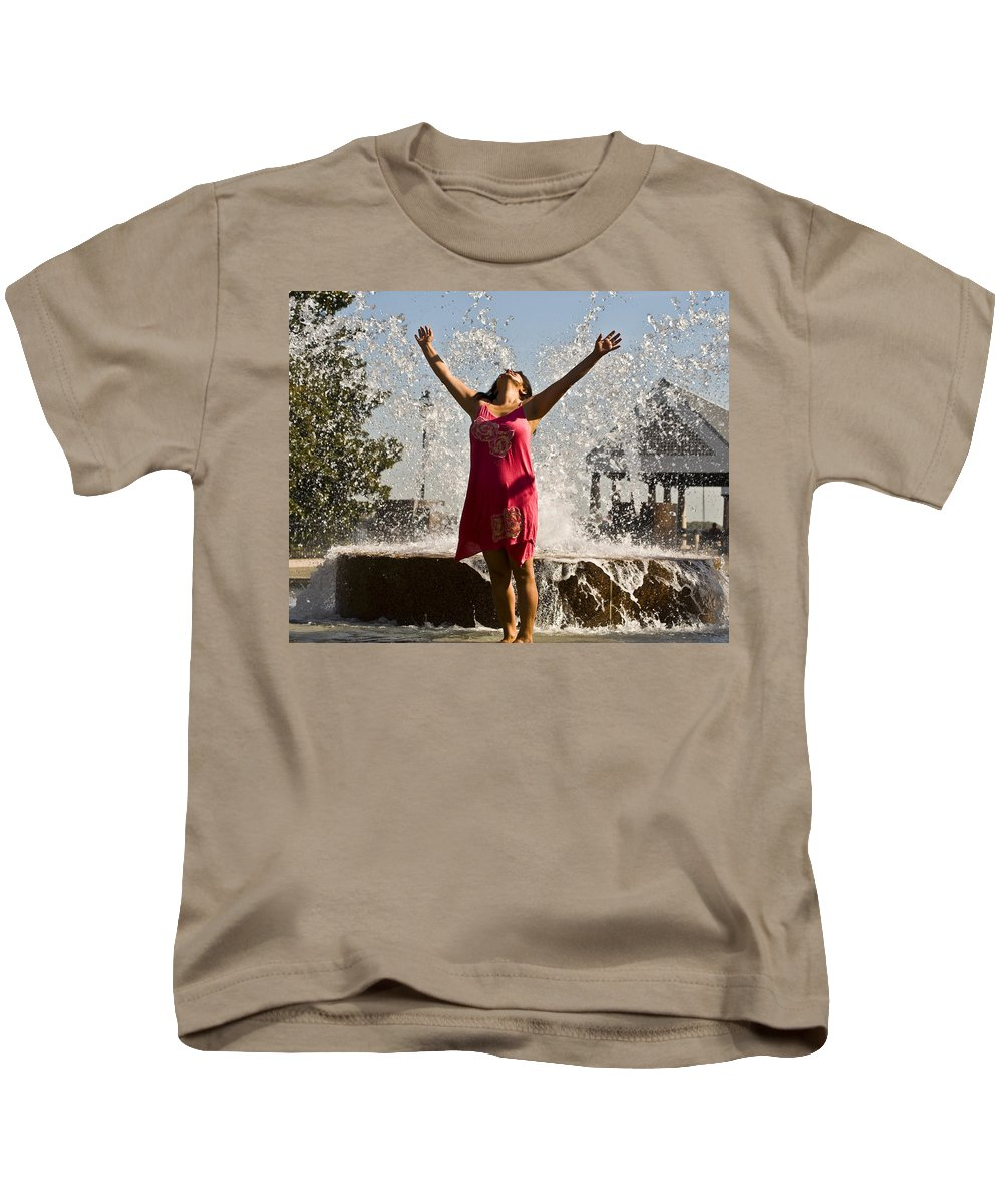 Femme Kids T-Shirt featuring the photograph Femme Fountain by Al Powell Photography USA