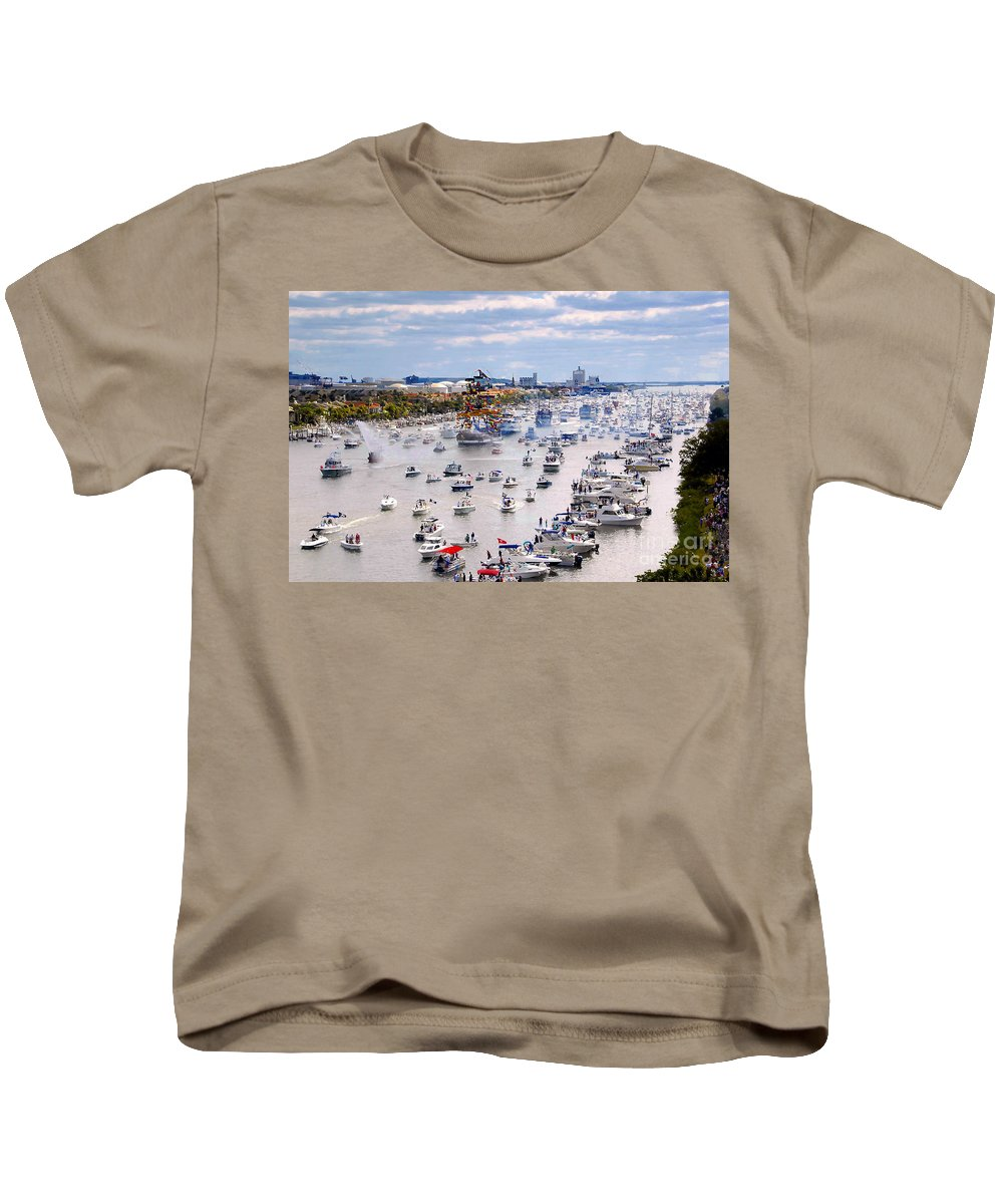 Jose Gasparilla Kids T-Shirt featuring the photograph Gaspar by David Lee Thompson