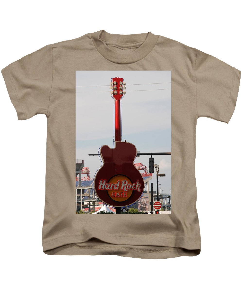 Music Kids T-Shirt featuring the photograph Hard Rock Cafe Nashville by Susanne Van Hulst
