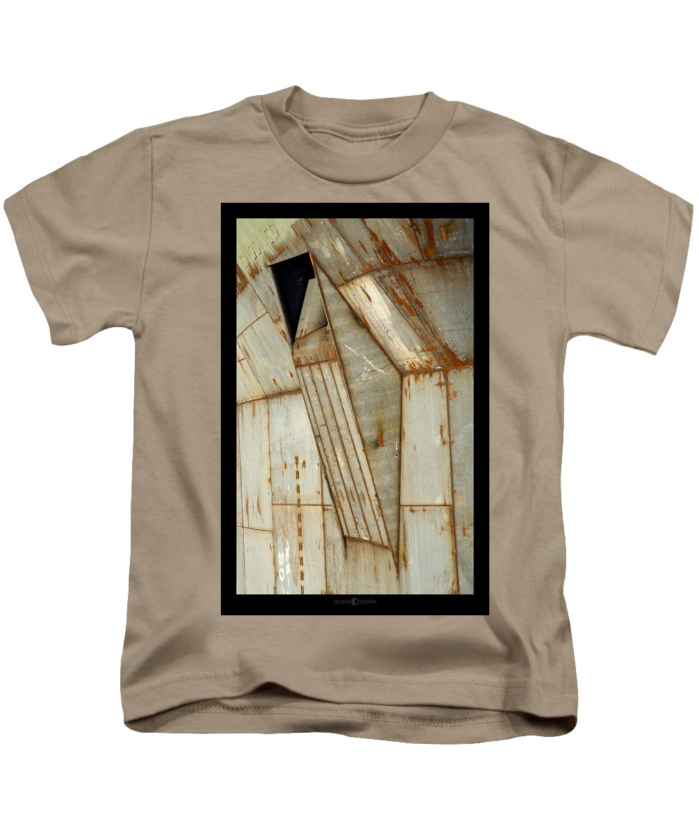 Hull Kids T-Shirt featuring the photograph Hull Detail by Tim Nyberg