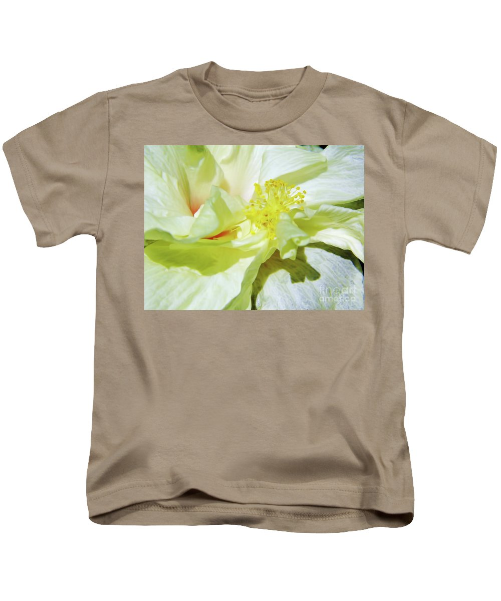 Hibiscus Kids T-Shirt featuring the photograph Inside Beauty by D Hackett