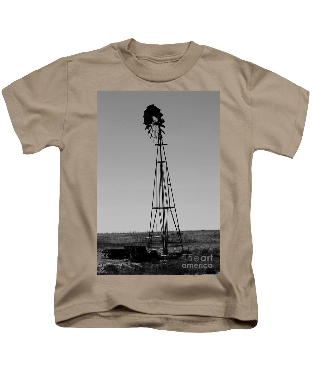 Sante Fe Trail Kids T-Shirt featuring the photograph Lost Breeze by Tommy Anderson