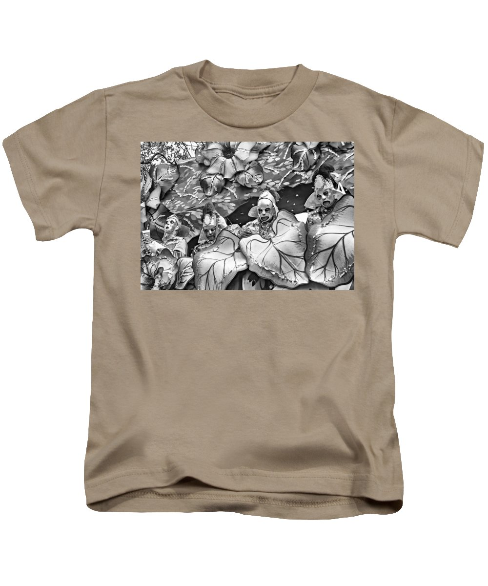 Nola Kids T-Shirt featuring the photograph Mardi Gras - New Orleans 4 - Bw by Steve Harrington
