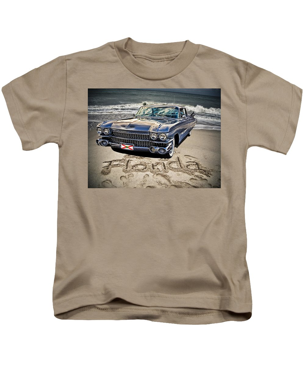 Cadillac Kids T-Shirt featuring the photograph Ocean Drive by Joachim G Pinkawa