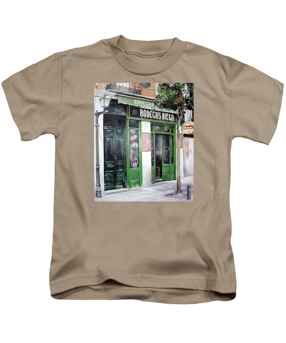 Bodegas Kids T-Shirt featuring the painting Old Tavern-madrid by Tomas Castano