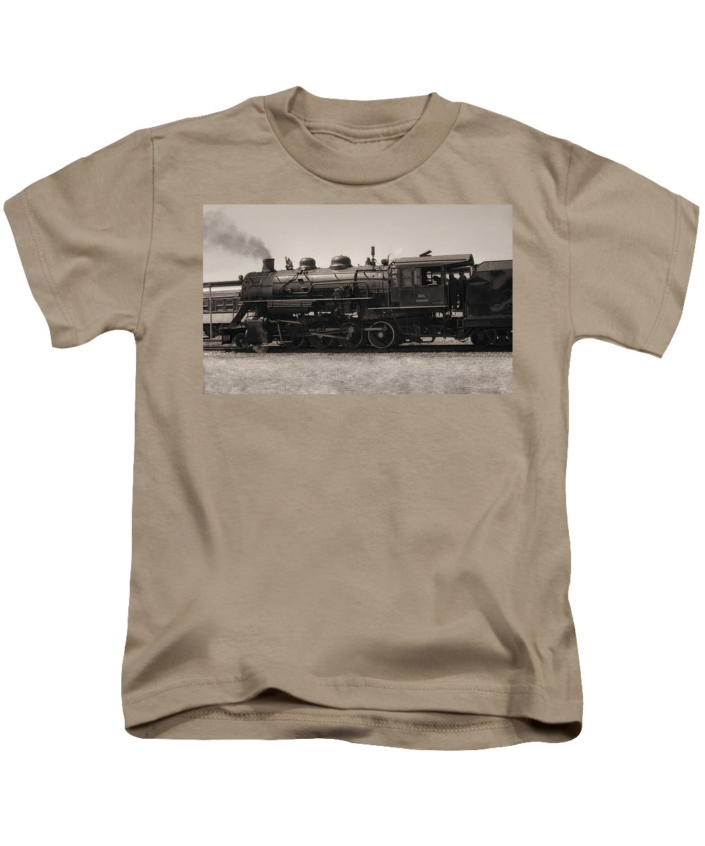 Americana Kids T-Shirt featuring the photograph Reverse Throttle by Richard Rizzo