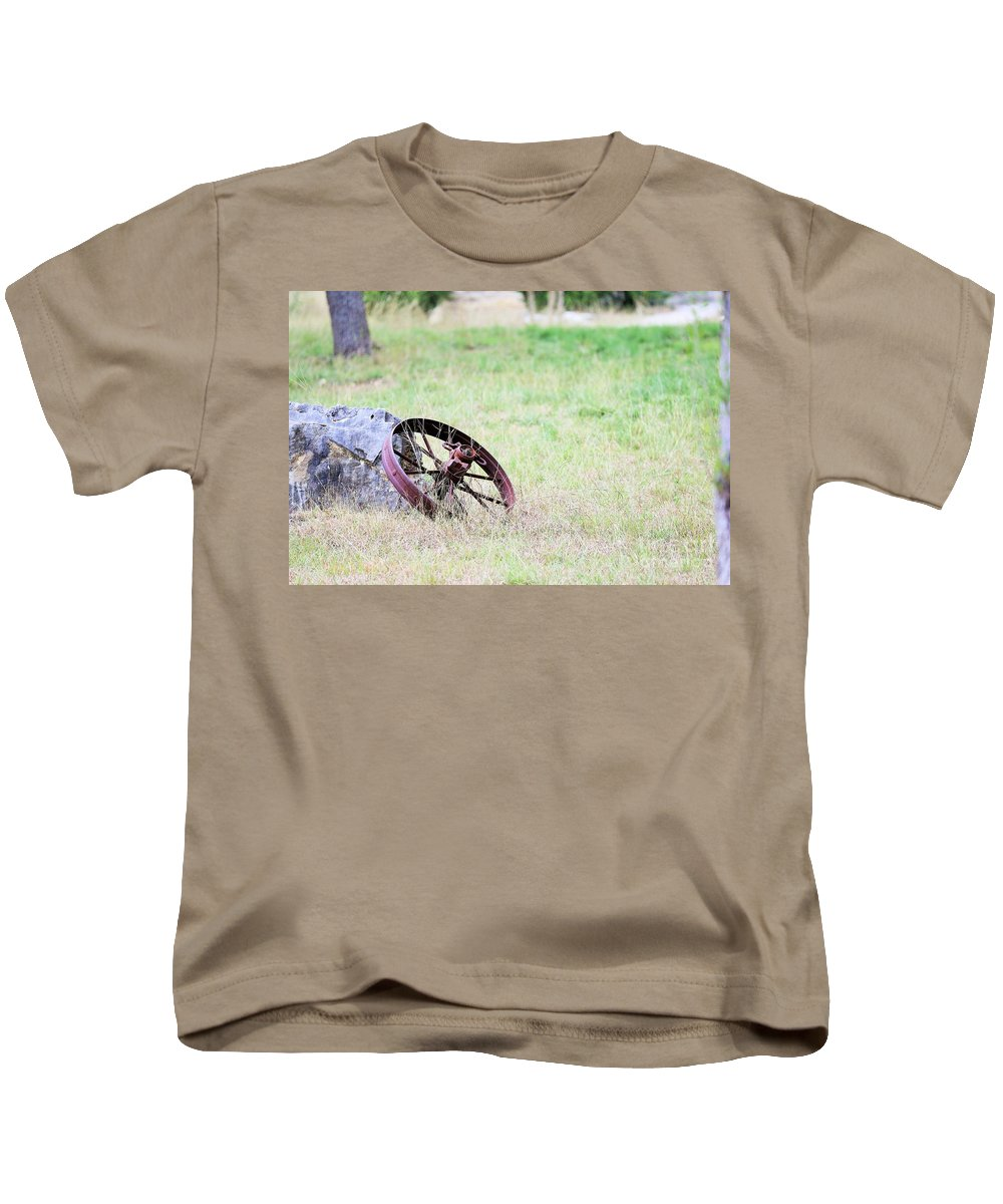Kids T-Shirt featuring the photograph Rustic 004 by Jeff Downs