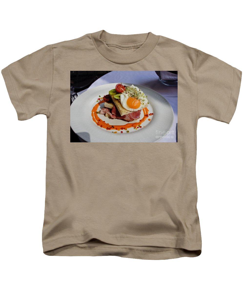 Sandwich Kids T-Shirt featuring the photograph Sandwich by Thomas Marchessault