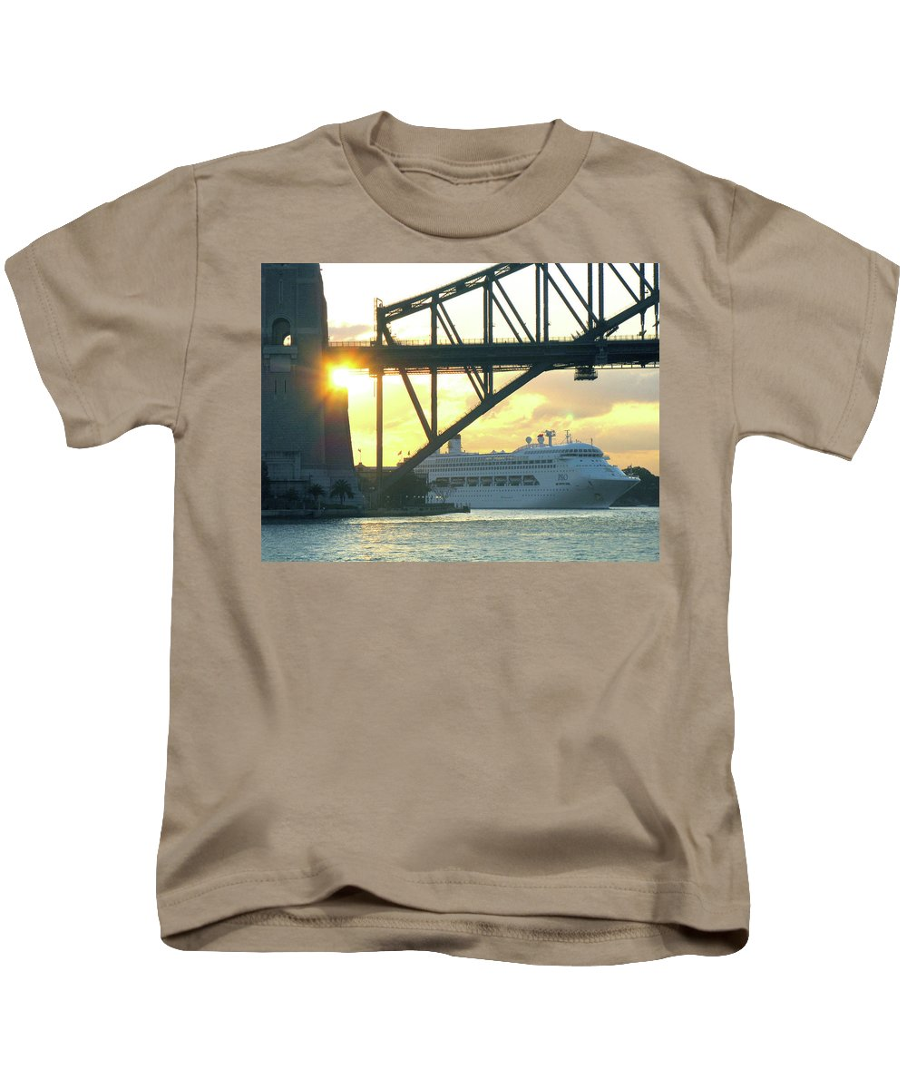Sydney Kids T-Shirt featuring the photograph Ship Under Sydney Harbour Bridge by Suzanne Vreeland