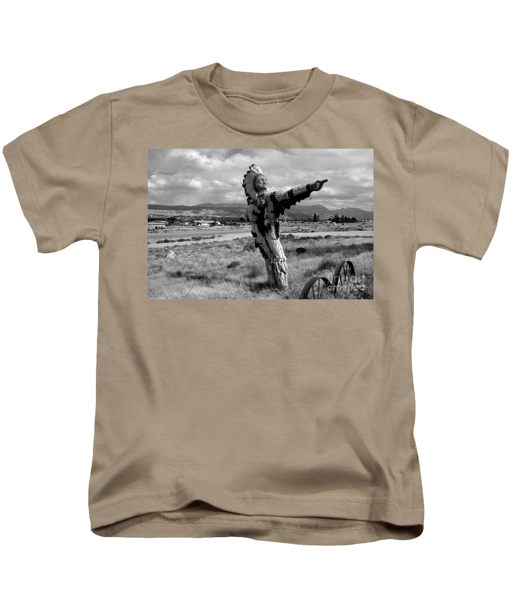 Moab Utah Kids T-Shirt featuring the photograph Spanish Valley Indian by David Lee Thompson