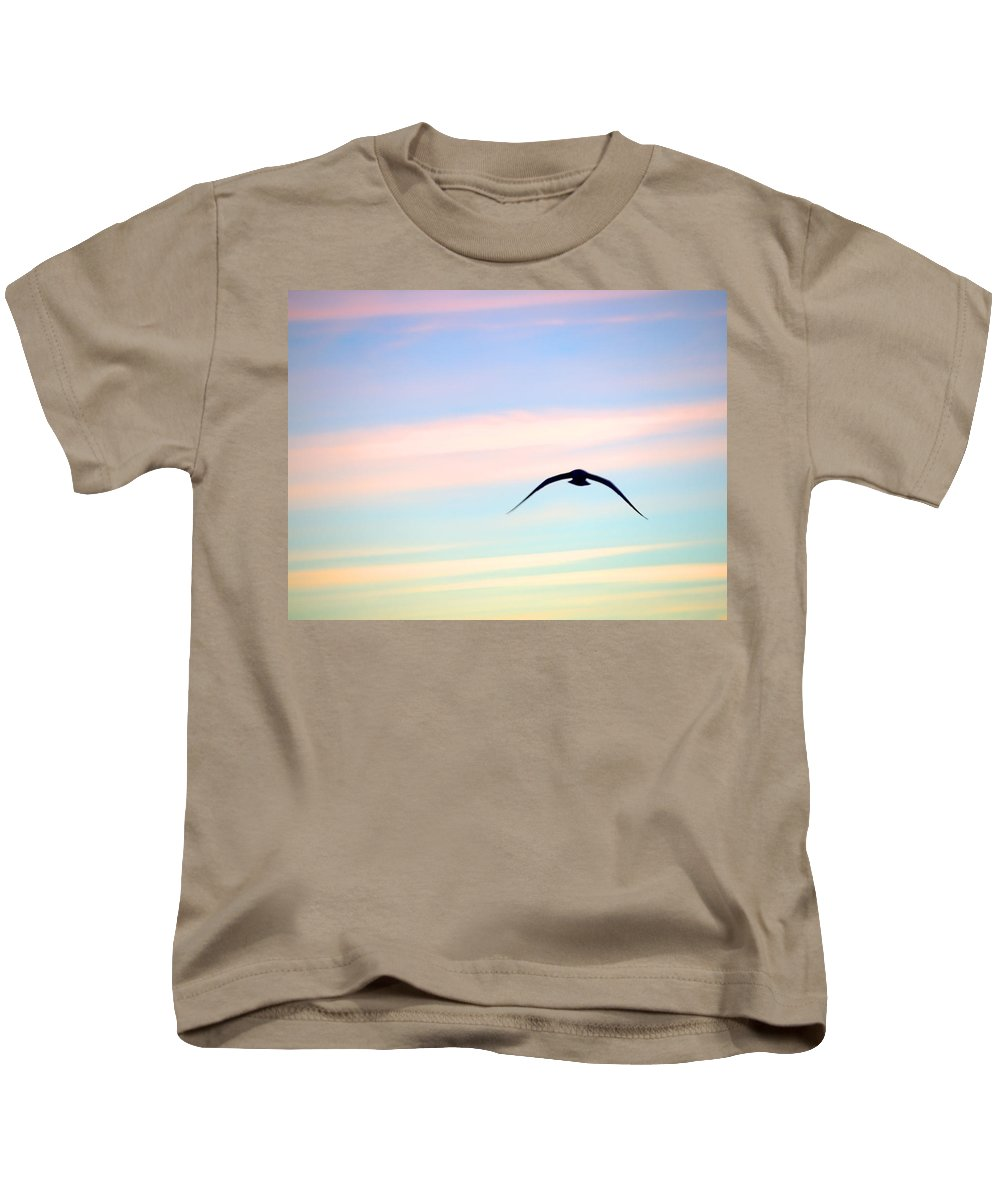 Gull Kids T-Shirt featuring the photograph Stealth by Newwwman