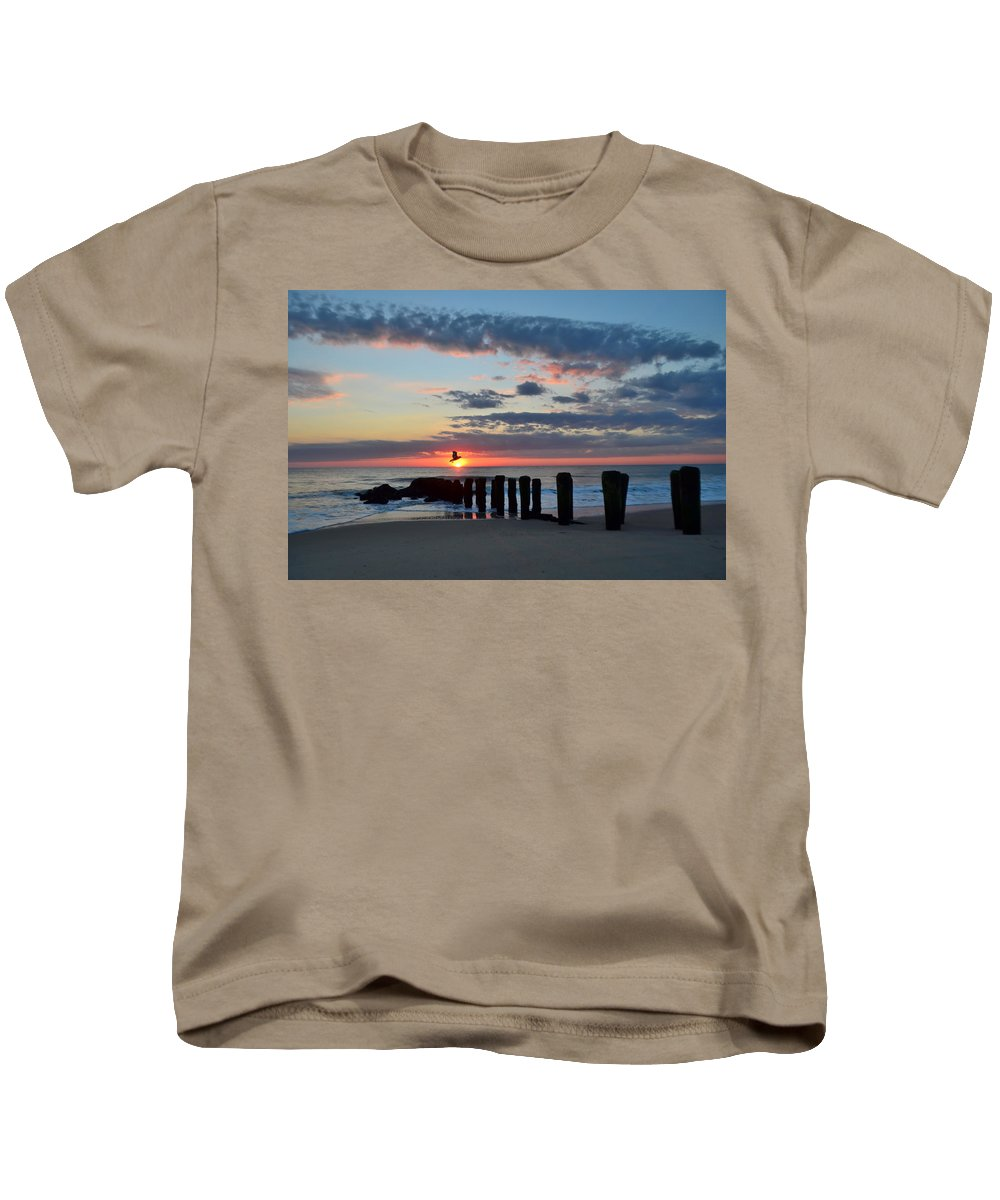 Bay Head Kids T-Shirt featuring the photograph Sunrise At The Jersey Shore by Bob Cuthbert
