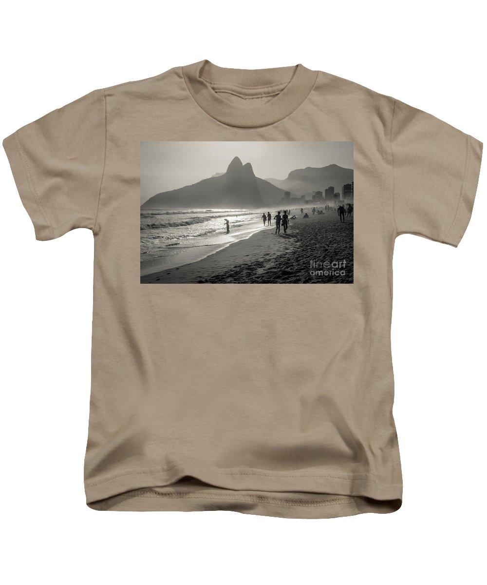 Rio De Janeiro Kids T-Shirt featuring the photograph Sunset In Rio De Janeiro by Mao Lopez