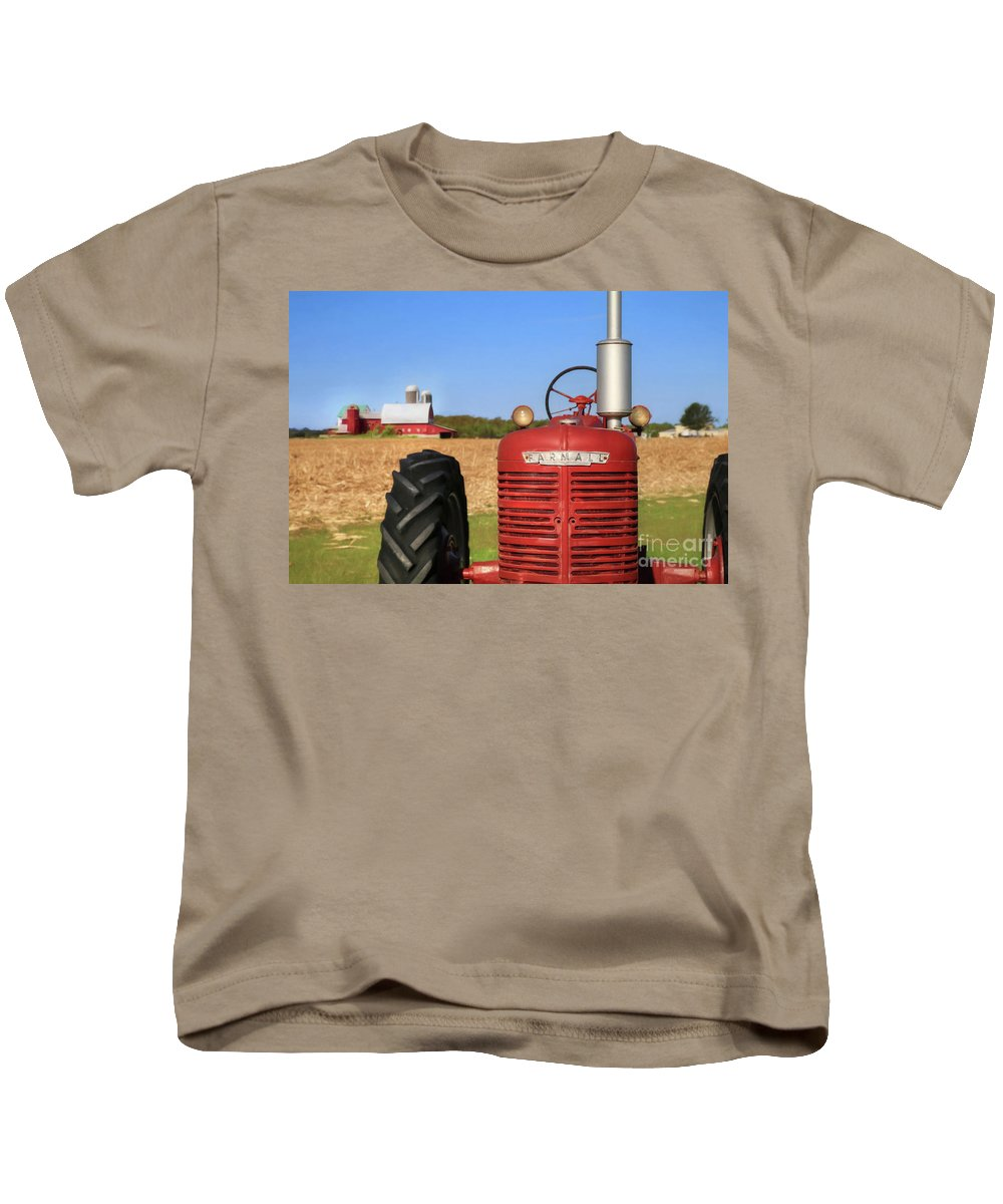 Red Kids T-Shirt featuring the photograph The Red Farmall by Lori Deiter