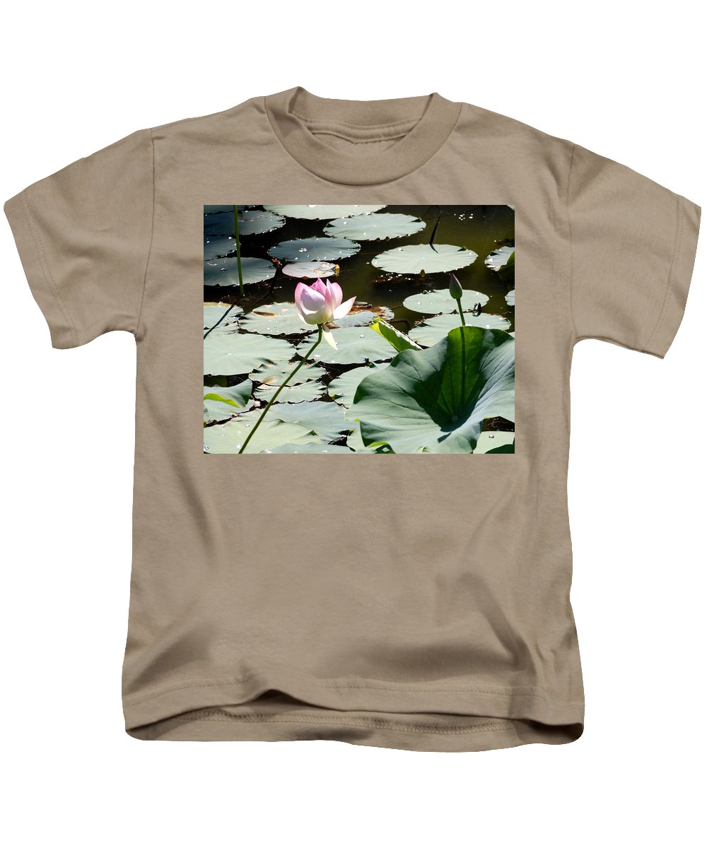 Floral Kids T-Shirt featuring the photograph Visit To Lilly Pond by David Lane