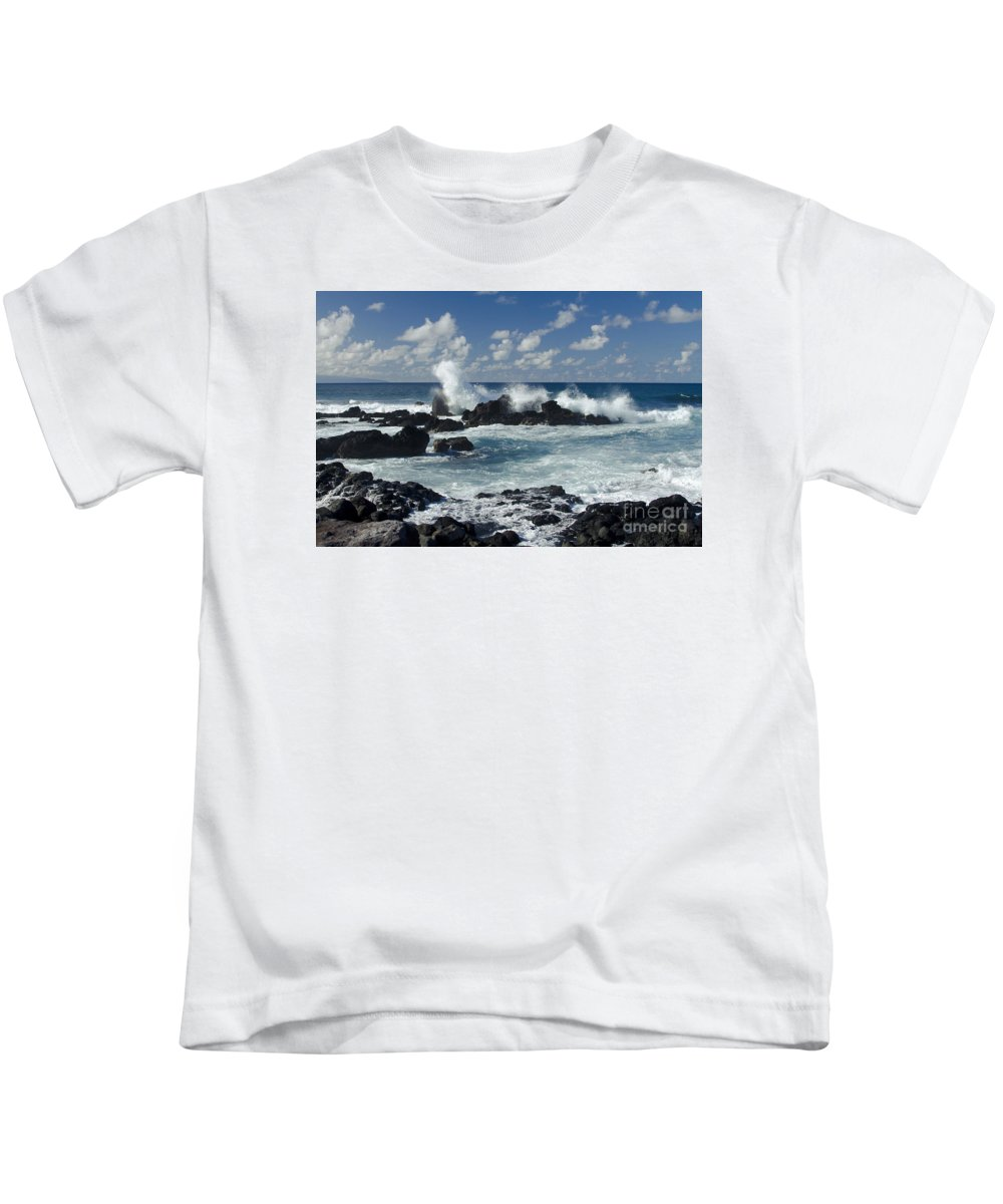 Hookipa Kids T-Shirt featuring the photograph Hookipa Maui Hawaii by Sharon Mau