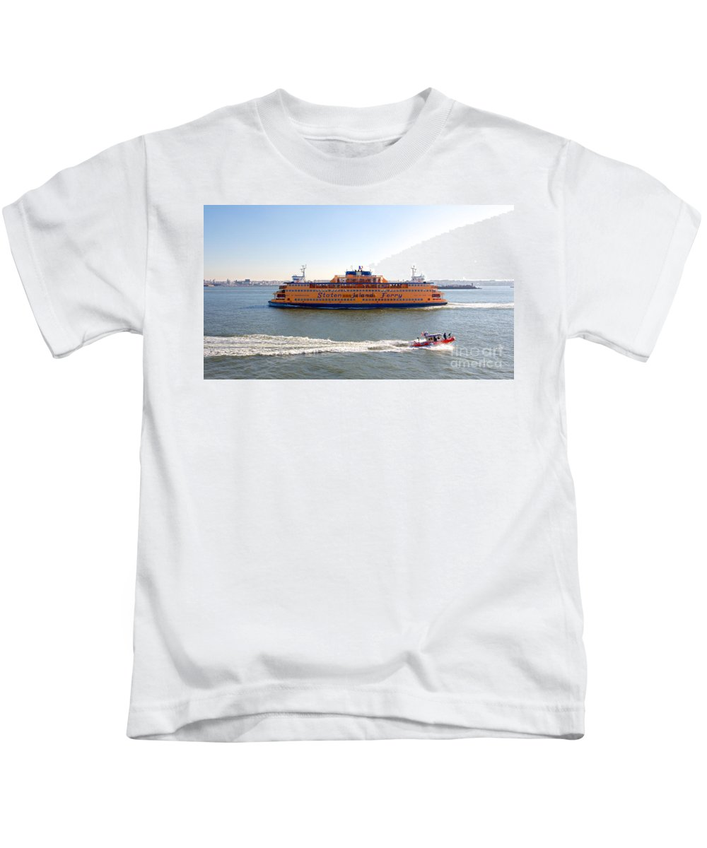 America Kids T-Shirt featuring the photograph Staten Island Ferry by Jannis Werner