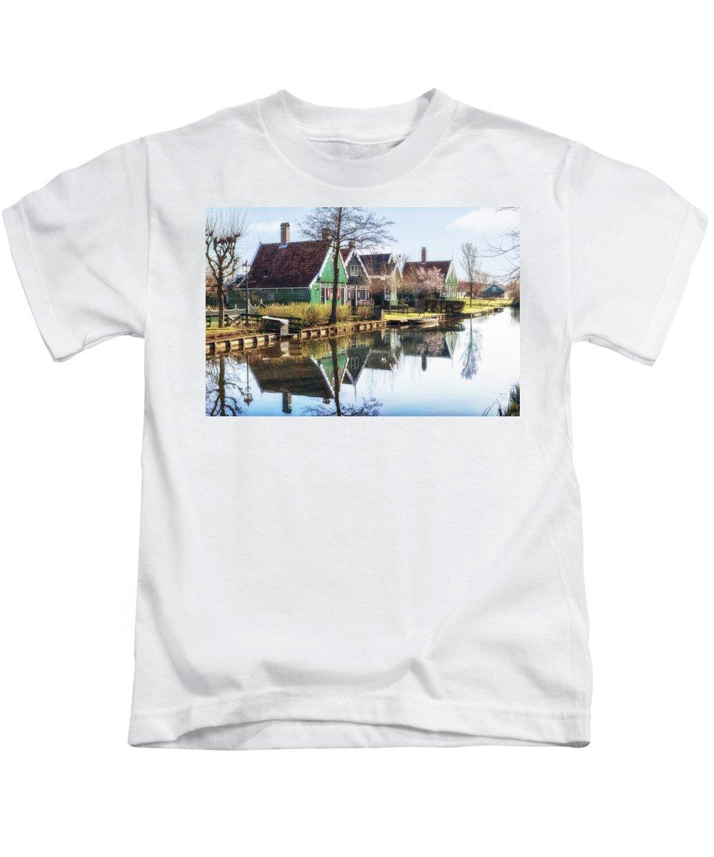 Zaanse Schans Kids T-Shirt featuring the photograph Zaanse Schans by Joana Kruse