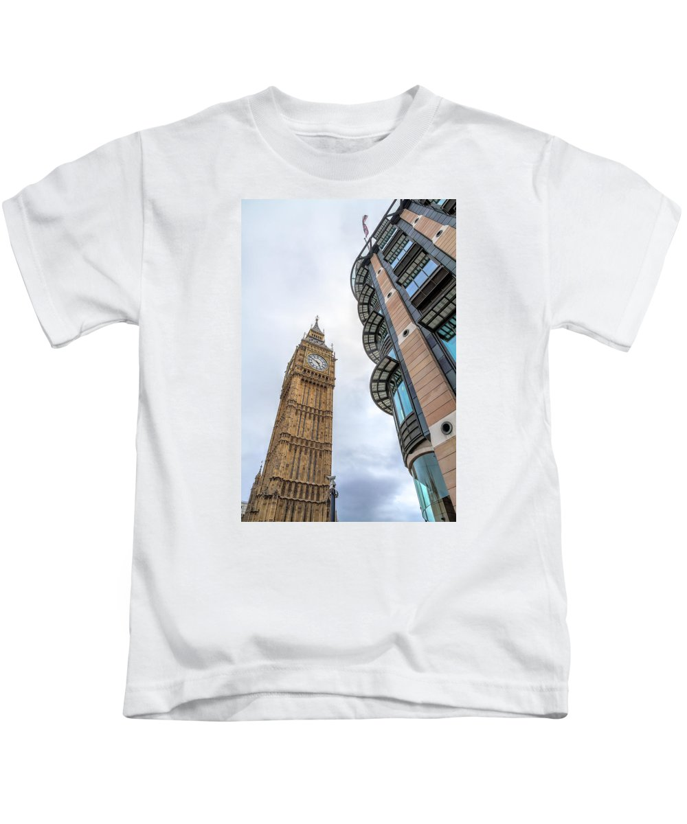 Europe Kids T-Shirt featuring the photograph A Corner In London by Tim Stanley