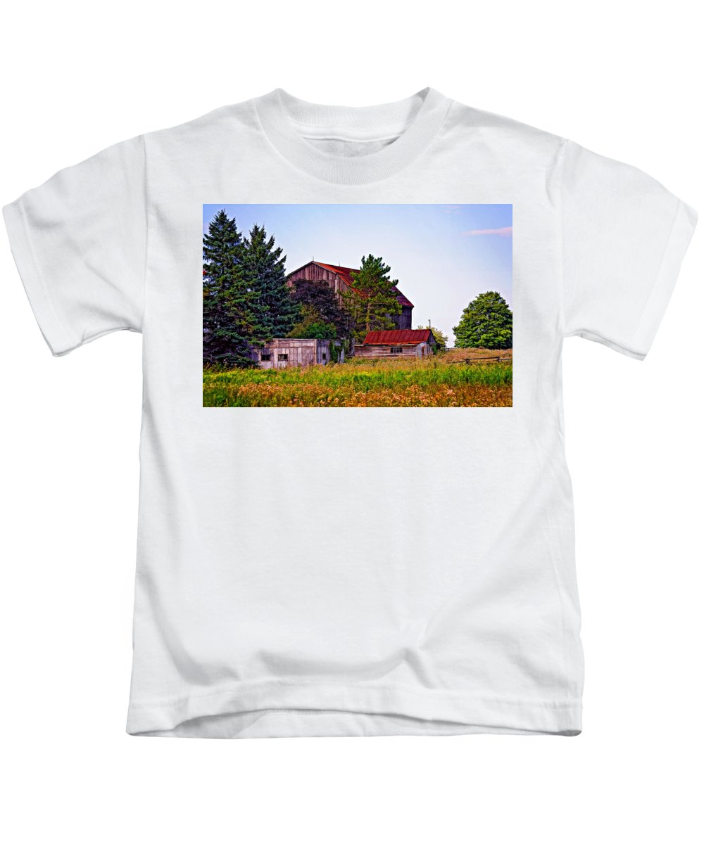 Farm Kids T-Shirt featuring the photograph August Afternoon by Steve Harrington