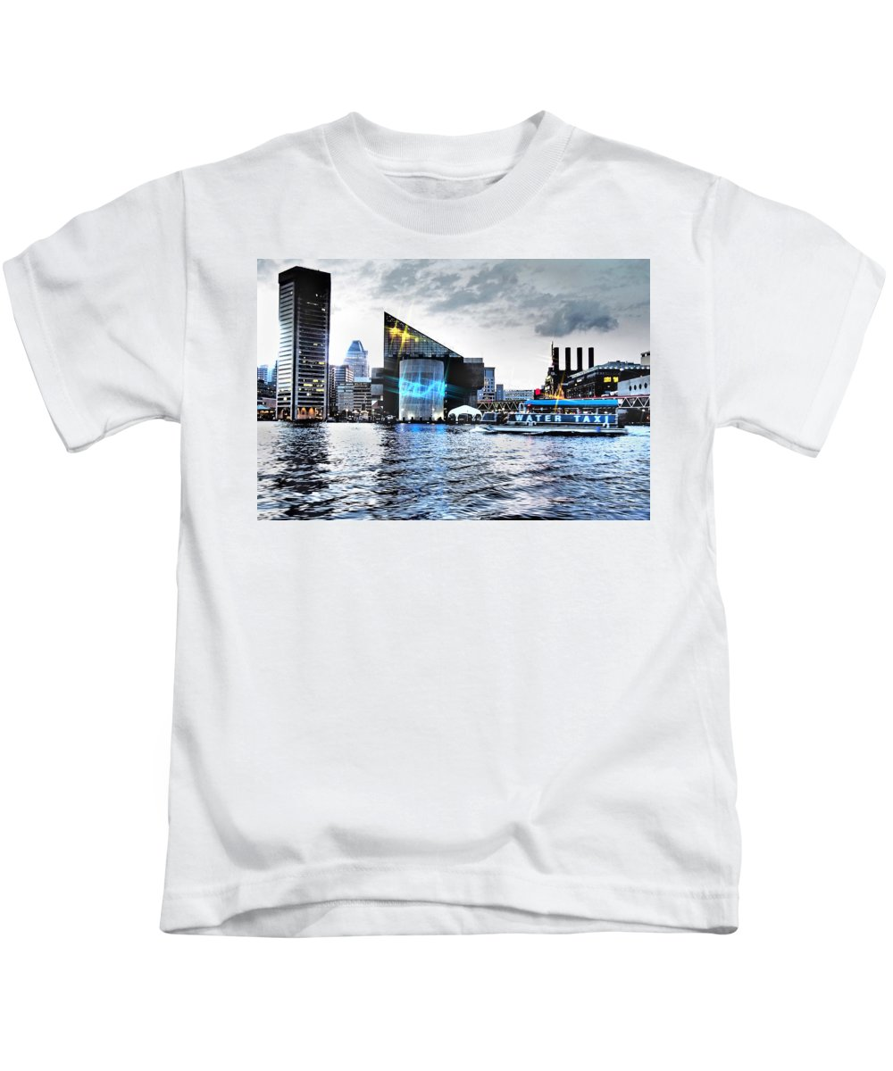 City Kids T-Shirt featuring the photograph Baltimore - Harborplace - Inner Harbor At Night by Donna Haggerty