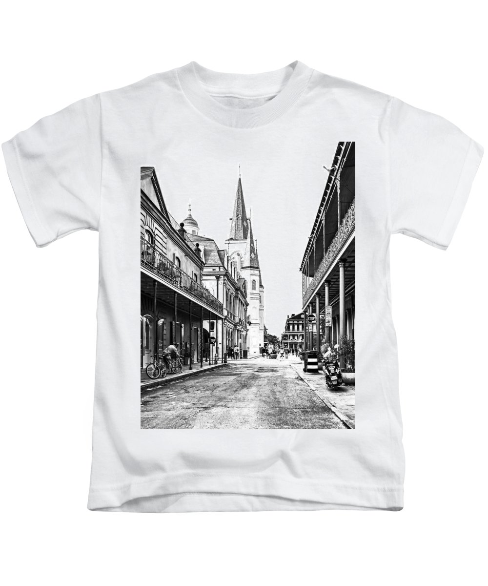 French Quarter Kids T-Shirt featuring the photograph Chartres St In The French Quarter 3 by Steve Harrington