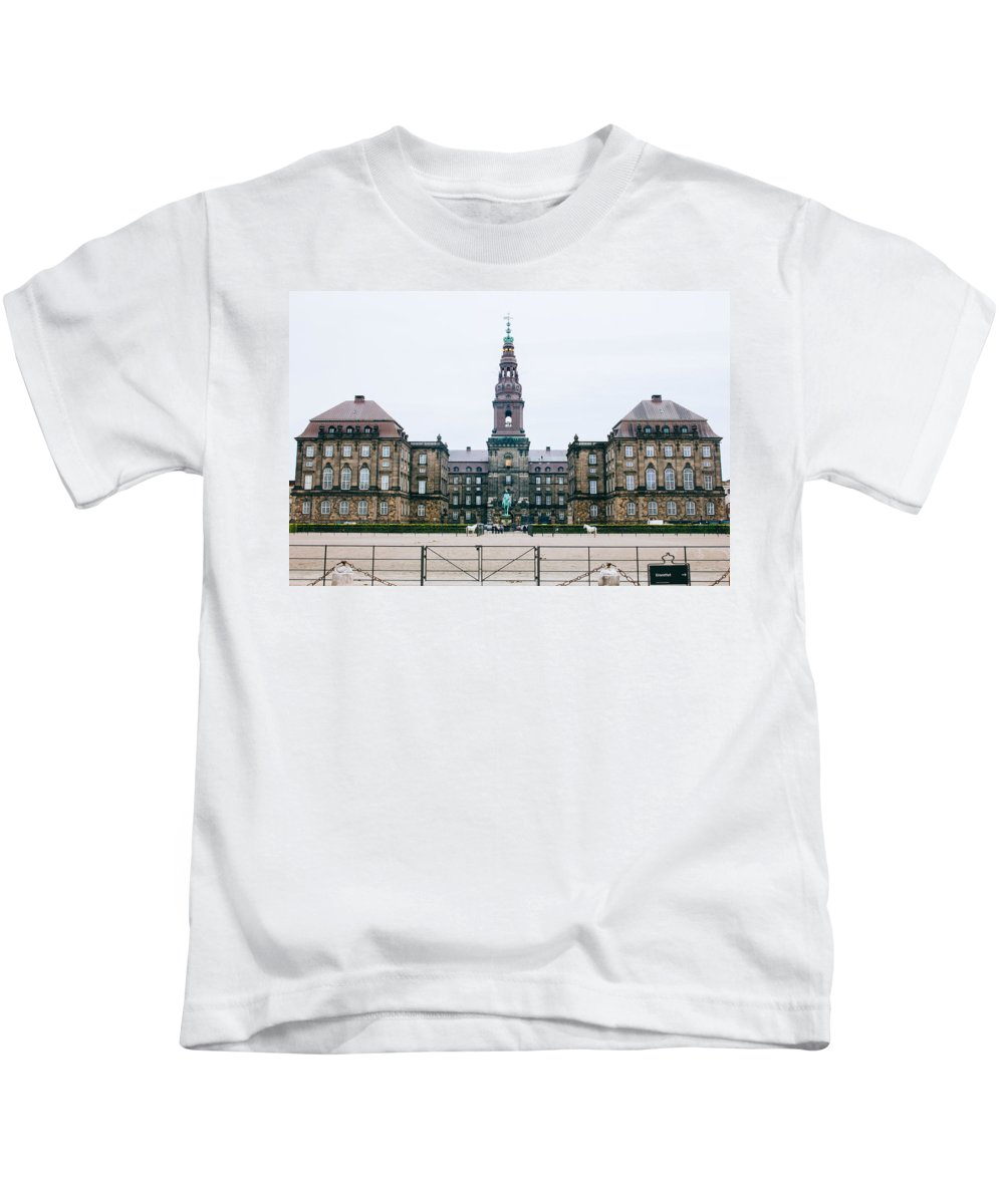 Copenhagen Kids T-Shirt featuring the photograph Christiansborg Slot by Pati Photography