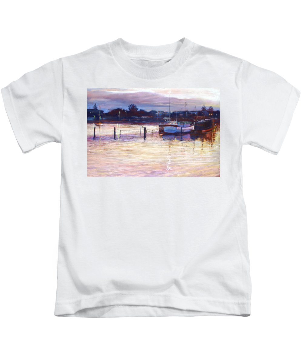 Lynda Robinson Kids T-Shirt featuring the pastel Harbour Lights - Apollo Bay by Lynda Robinson